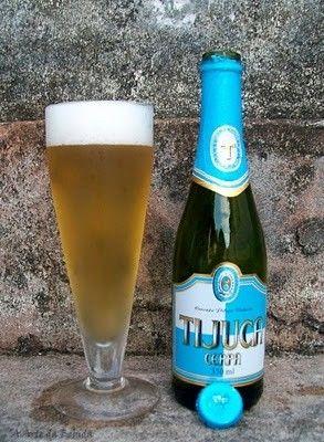 Cerveja Tijuca, estilo Premium American Lager, produzida por Cerpa Cervejaria Paraense, Brasil. 4.5% ABV de álcool.