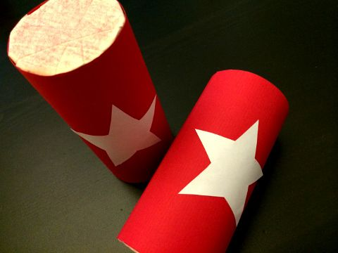 Singapore National Day art n craft activity for kids  - parade shakers