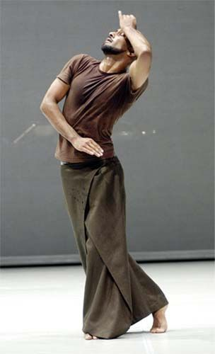 Akram Khan - Zero Degrees (2005) - studying this for my A2 Dance