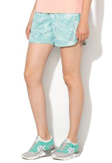 Asics Pantaloni scurti sport verde menta cu model grafic Femei image_3