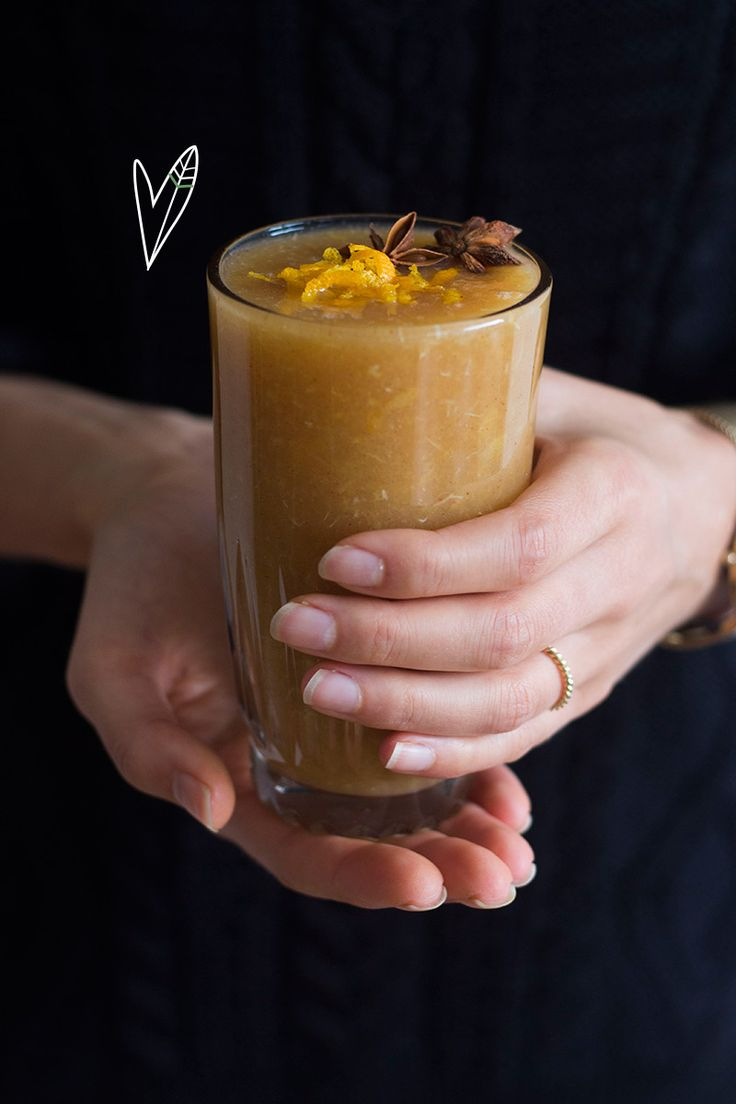 Soms wil je iets anders dan thee of warme chocolademelk om je handen aan te warmen. Wat dacht je van lekkere warme appelpunch?