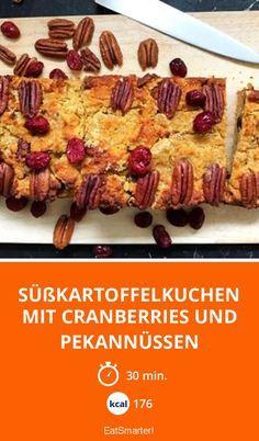 Süßkartoffelkuchen mit Cranberries und Pekannüssen – Für alle, die Süßkartoffeln lieben ein Muss! | Kalorien: 176 Kcal - Zeit: 30 Min. | eatsmarter.de