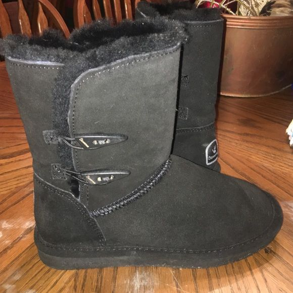 Black Bearpaw boots Black bearpaw boots size 8 great condition only worn a handful of times Bearpaw Shoes Winter & Rain Boots
