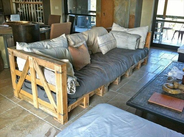 Amazing Benefits and Plans of Pallet Sofa...would like it better with a darker finish.