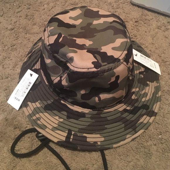 camp bucket hat brand new adidas bucket hat, never worn Adidas Accessories Hats