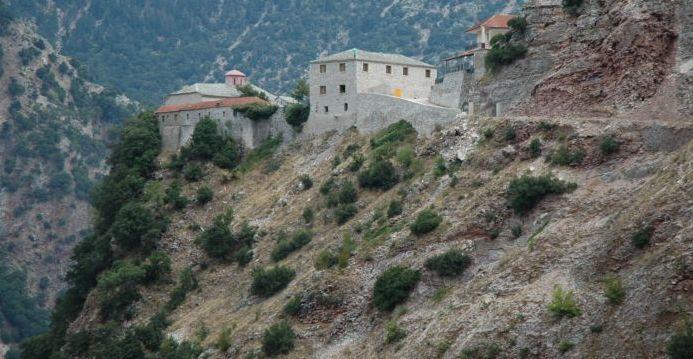 Ο Δεκαπενταύγουστος της Παναγίας στο Ν. Καρδίτσας-Η Ιερά Μονή της Παναγίας Σπηλιώτισσας στα Άγραφα