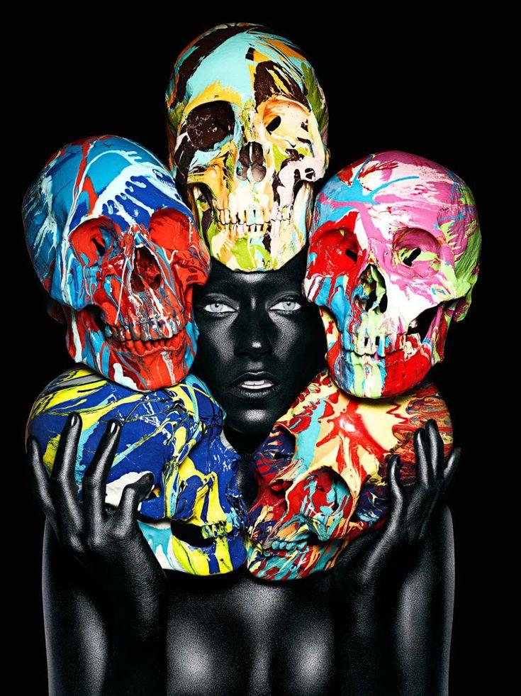http://www.boumbang.com/damien-hirst-vs-john-rankin-waddell/ Damien Hirst & John Rankin Waddell,The Painted Skulls ©