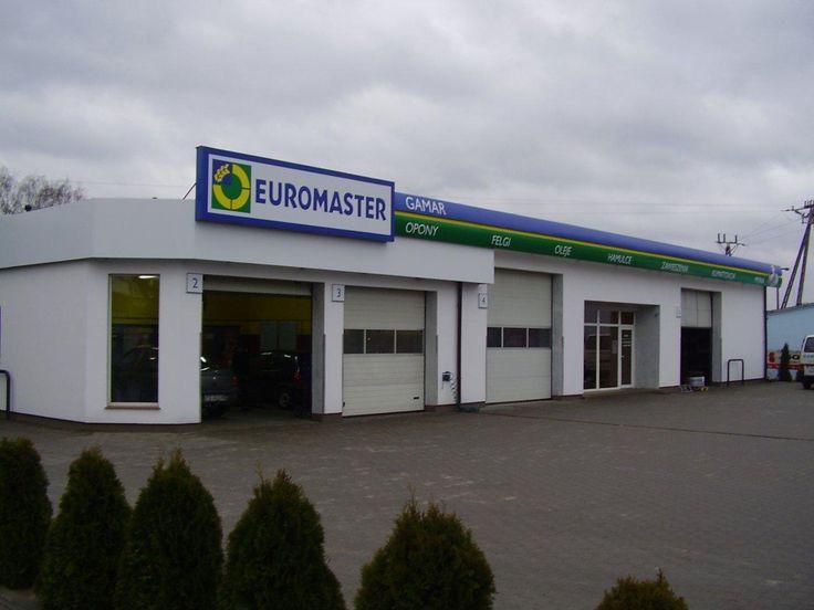Serwis Euromaster GAMAR w miejscowości Biskupice Wielkopolskie jest częścią wiodącej sieci warsztatów szybkiej obsługi wyspecjalizowanej w kompleksowym serwisie opon oraz lekkiej mechanice. Obsługujemy zarówno klientów indywidualnych jak i zinstytucjonalizowanych blisko ich miejsca zamieszkania. Odwiedzając nasz serwis możesz być pewny indywidualnej porady oraz wysokiej jakości usług wykonywanych przez kompetentny personel, sprawdzany w ramach niezależnych, zewnętrznych audytów. W naszej…