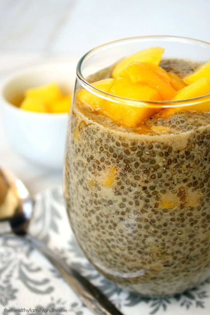 Clean Eating Vanilla Bean and Mango Chia Seed Pudding...raw, vegan, gluten-free, dairy-free, paleo-friendly and contains no refined sugar | The Healthy Family and Home