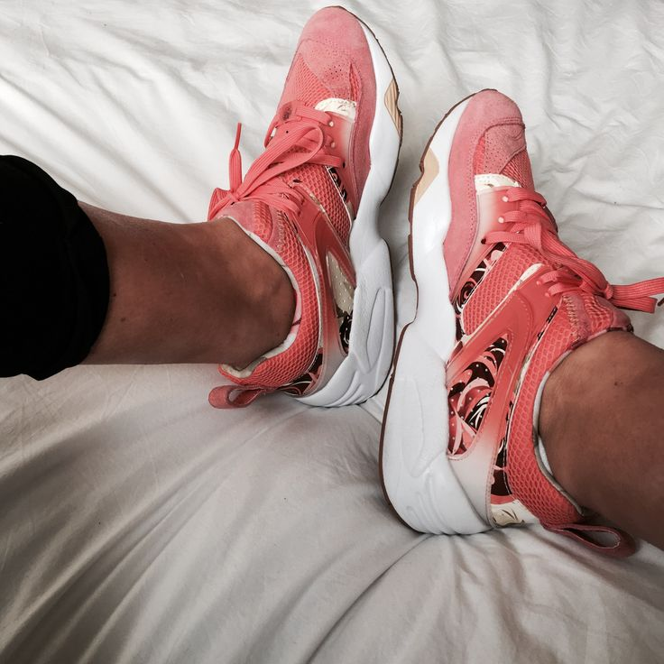 #puma #trinomic #rose #pink #sneakers #classic #girly #ootd #outfitidea #tanned #clean #swag #style #white #sneakergirl #summer #spring #winter #autumn