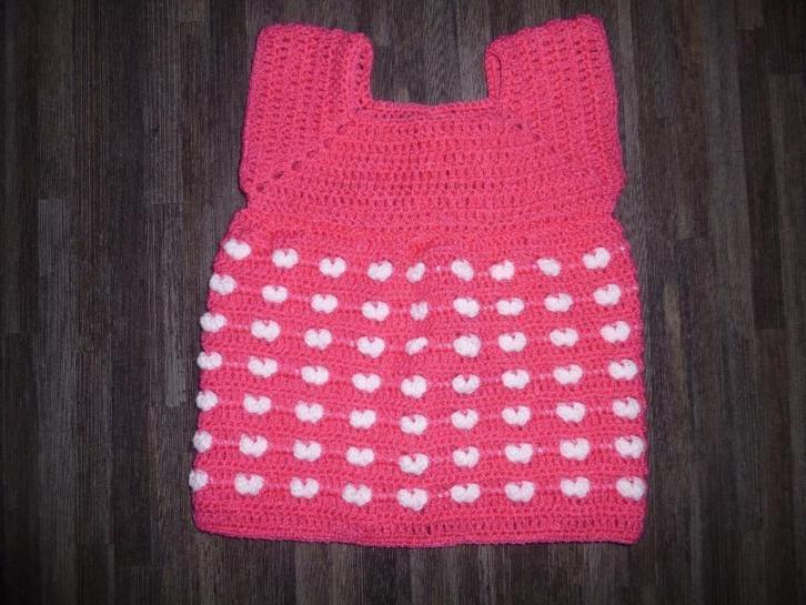 Gehaakte harten jurk roze met wit