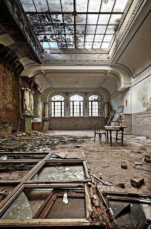 The Ballroom by ~ZerberuZ on deviantART