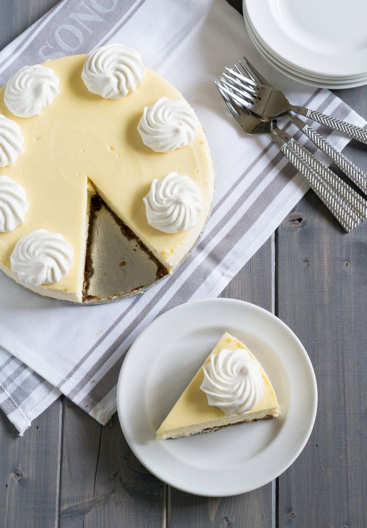 Classic Cheesecake with a Gingersnap Cookie Crust : PW Food & Friends ♥