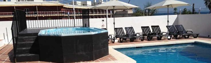 2 noches en media pensión en Torremolinos desde 43€ http://www.chollovacaciones.com/CHOLLOCNT/ES/chollo-hotel-natursun-oferta-torremolinos-costa-del-sol.html