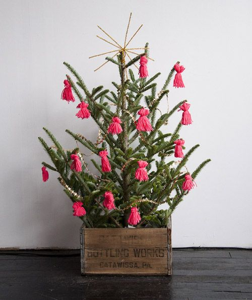 Christmas tree decor ideas on Design*Sponge