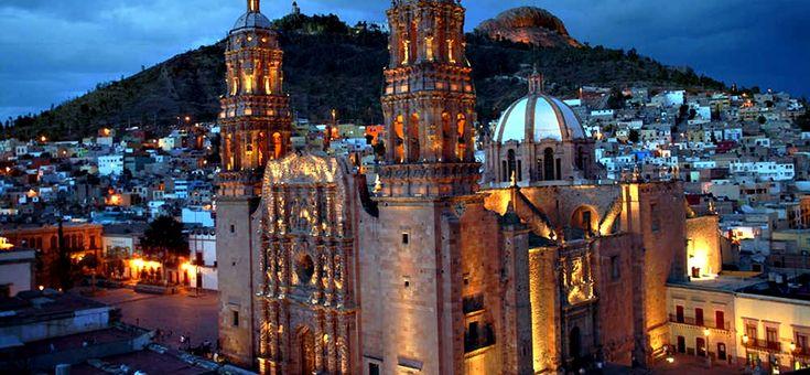 """Conocida como la ciudad con """"Rostro de cantera y corazón de plata"""", la ciudad de Zacatecas es una de las diez ciudades mexicanas que han sido distinguidas como Patrimonio de Mundial por parte de la Unesco, en virtud de su valioso patrimonio cultural colonial que hace la delicia de los turistas."""