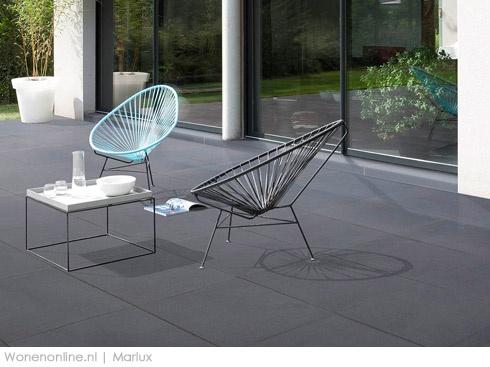 Strakke betonlook? Of vernieuwend vintage? Marlux inspireert je met nieuwe terrastegels: Polyton en Graphico