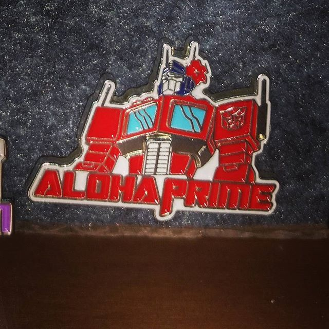 A prime pint.  Check my bio for my store link.  #enamelpin #pinstagram #lapel #pins  #pinsforsale #pinstagram #pinning # #pinmaker #lemonade #pinmaker #limitededition #pinhead #merchdrop #pinaddiction #pinspinspins #pincollector #pinnation #pinlife #megatron #transformers #cybertron #pinjitsu #emdub #pingame #pingamestrong #pinwars #lapelpin#optimusprime