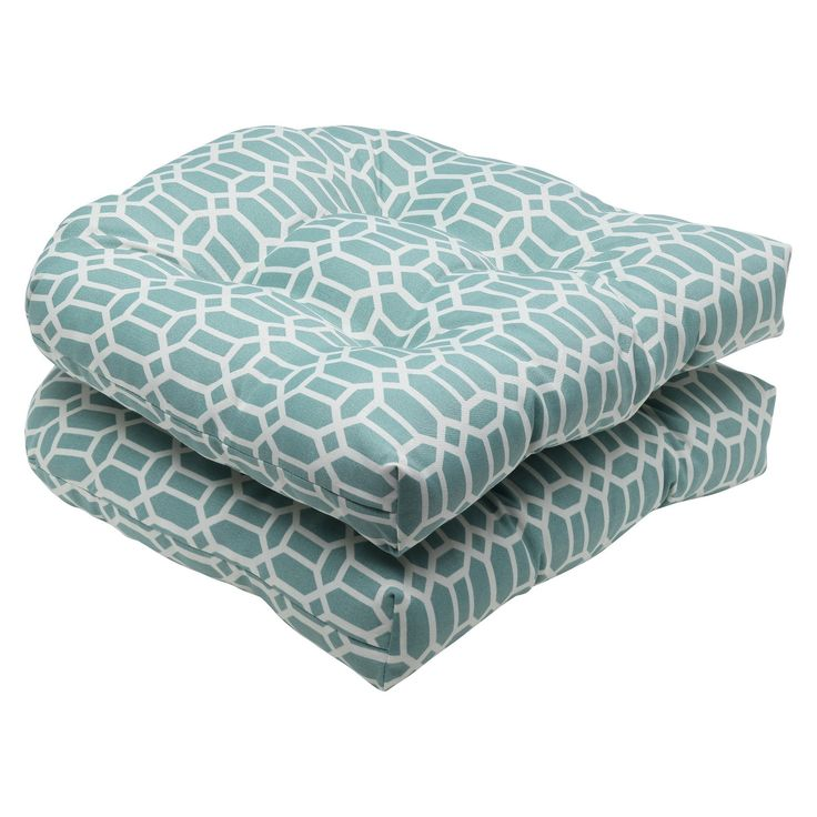 Add comfort and color to your patio furniture with Pillow Perfect 2-Piece Outdoor Wicker Seat Cushions in the Rhodes print. These outdoor chair cushions sport a modern geometric pattern and deep tufting. They're made of polyester fabric and fill that resist fading and damage from weather and sun. Each set gives you 2 outdoor cushions designed for wicker patio chairs.