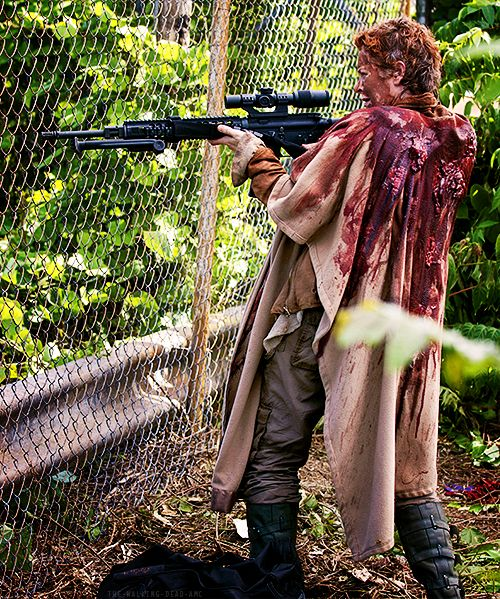 :The Walking Dead season 5:    Carols biggest moment in TWD! See girls are just as good with guns as guys(: LOVE YOU CAROL!!
