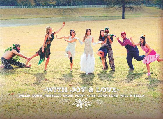 The Duck Dynasty Family Christmas Card Is Here and the Robertsons All Have Dancing With the Stars Fever!