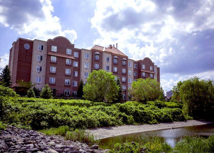 Park Place Seniors' Suites & Retirement Residence in Ottawa