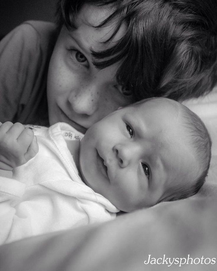 Such great siblings. #loveeachother #siblinglove #mysister #bestbrother  #dubbophotographer www.jackysphotos.com