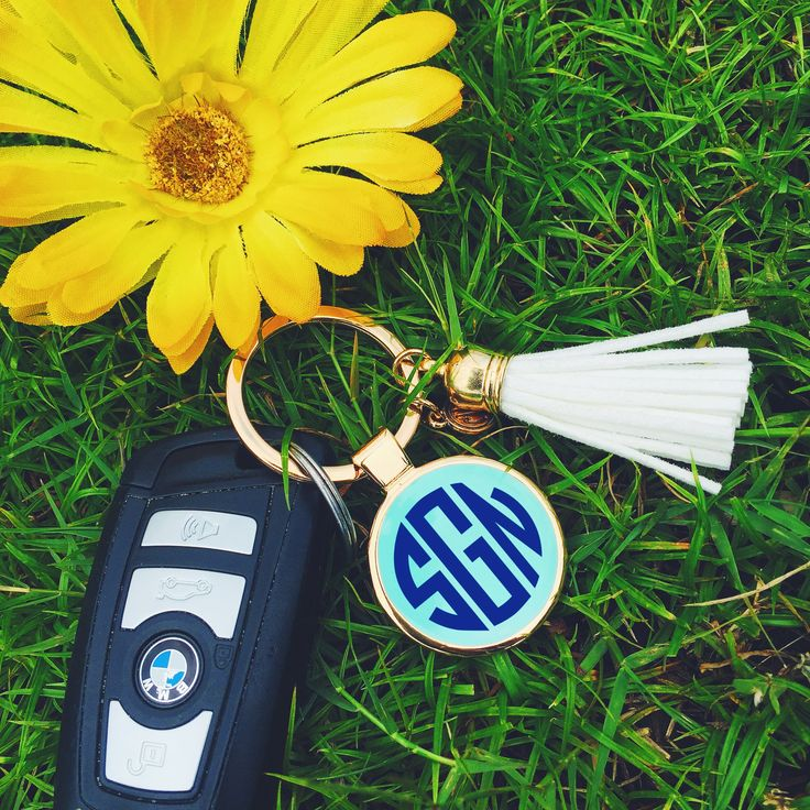 Monogrammed Enamel Tassel Key Chain from Marleylilly.com! #cars #monogram #summer
