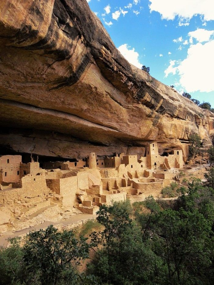 1. The 600 cliff dwellings at Mesa Verde National Park were built by the Ancestral Puebloans who inhabited the area from about AD 550 to 1300.