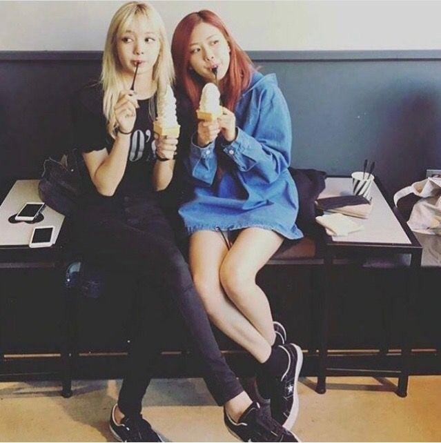Lisa & Jisoo | BLΛƆKPIИK