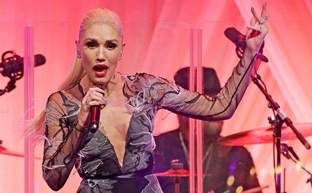 Gwen Stefani and Blake Shelton perform at White House State Dinner | EW.com