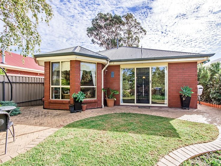 Home in #Woodcroft sold by #Professionals #Christies #Beach, #RealEstate agency - 08 8382 3773. #BayWindow