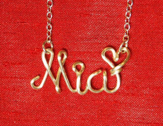 personalizzare la collana personalizzata Mia di WireNameART