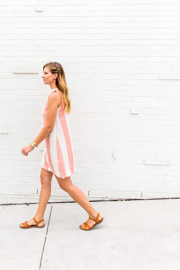 the chicest shift dress DIY from a tablecloth