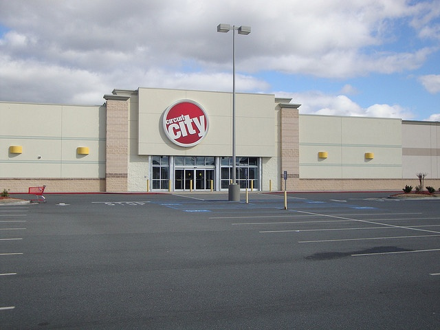 Abandoned Circuit City, via Flickr.