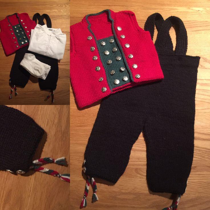 Guttebunad strikket fritt etter inspirasjon fra Ytre Nordhordland mannsbunad