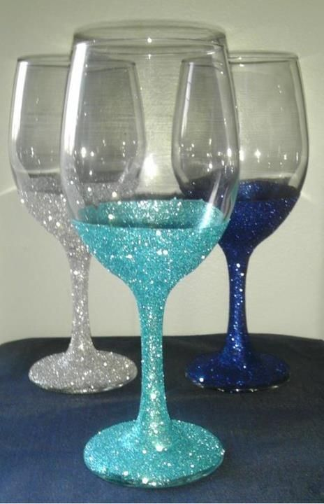 Make Your Own Sparkling Wedding Glasses @Tara Harmon Harmon Harmon Harmon Harmon Harmon Treffry you could have wine glasses for the wedding party...all the navy blue in the back. There are a million ideas tho!