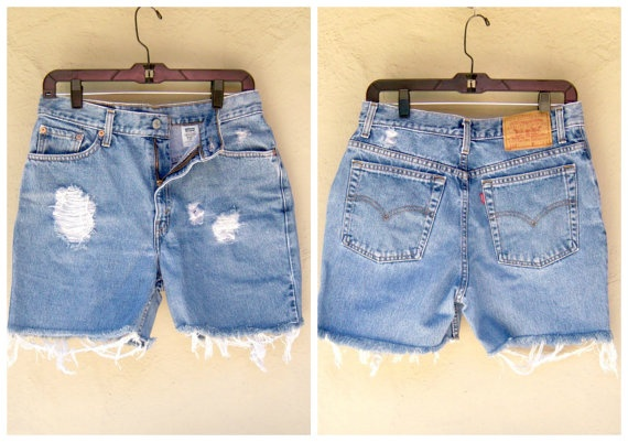 Levis 512 Cut Off jeans / distressed denim shorts by dahlilafound, $34.00