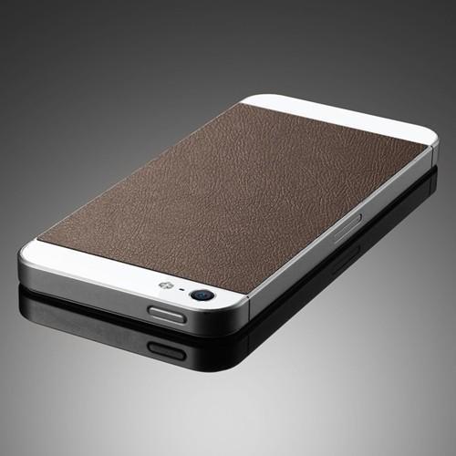 Skin Guard iPhone 5 - textura piele maro de la SPIGEN SGP