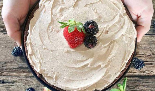 Nahá čokoládová nepečená torta (bez lepku a laktózy)