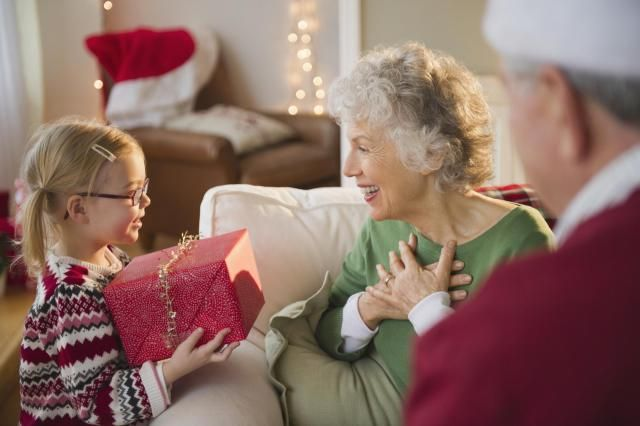 Share some of the best Christmas quotes with your loved ones. These Christmas quotes enliven the holiday spirit and remind you that Christmas is the festival of giving happiness.
