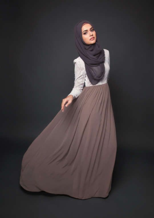 Taupe Maxi Skirt L Sleeve White Blouse Grey Hijab Modeststyle Hijabi Fashion Modest Style
