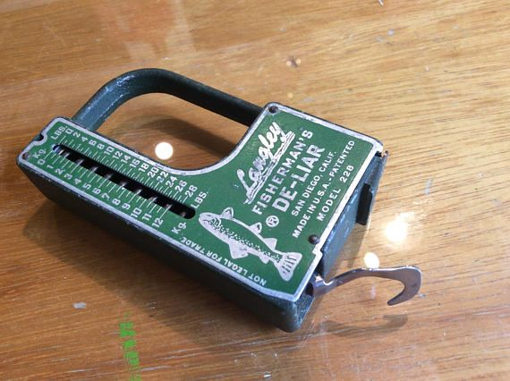 Langley Fishermans De-Liar scale and measure tape
