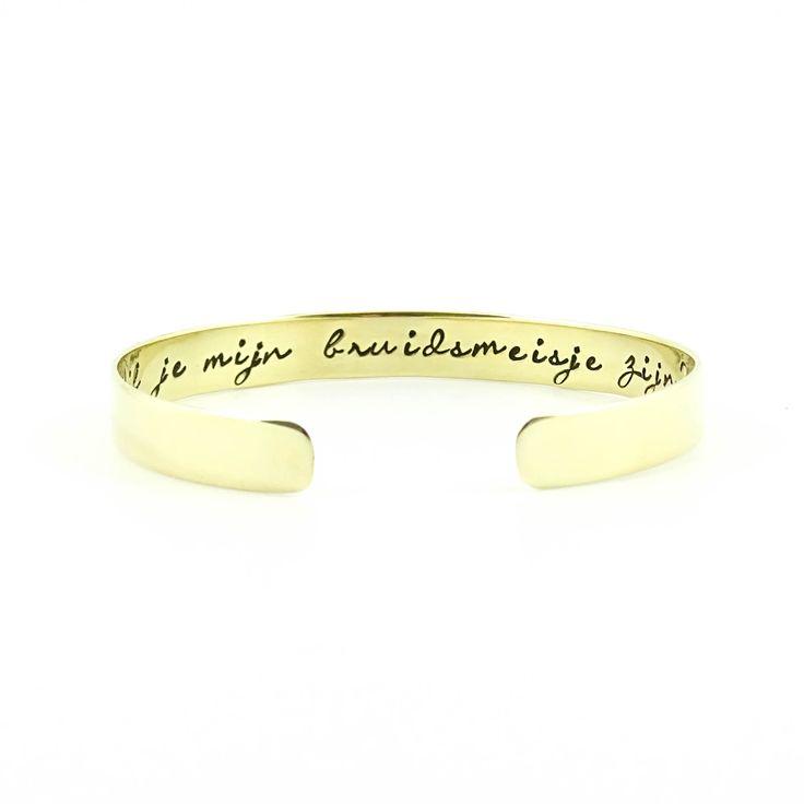 Wil je mijn bruidsmeisje zijn? - Een unieke armband met tekst als bijzondere manier om jouw vriendinnen als bruidsmeisje te vragen voor jouw bruiloft.