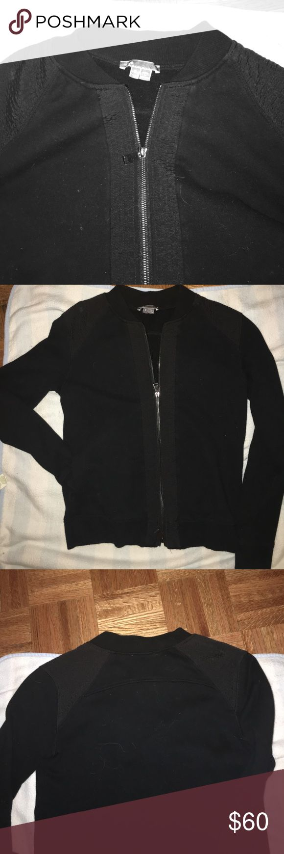 Must have Vince Sprint Top!! Cardigan zip-up This is a spring mist have!  Wonderful quality designer Venice stop up tip with no good.  The luxury item has bronze hardware with s bottom and lower zipper for multiple ways to wear. Around front zipper is the Sam eshade of black detailed pattern and it's also minimally placed on one shoulder and strategically placed on the other for ultimate detailing showing what a luxurious must have this is, also great fall transition!  Wow once. No real…