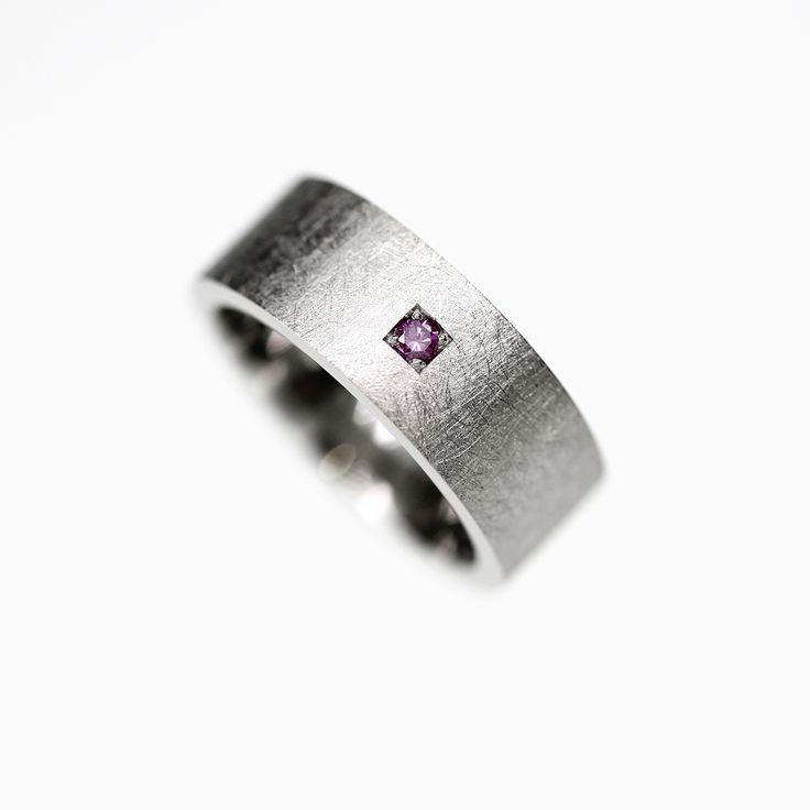 SALE size 5.75, Piste Wedding band in Palladium with purple diamond