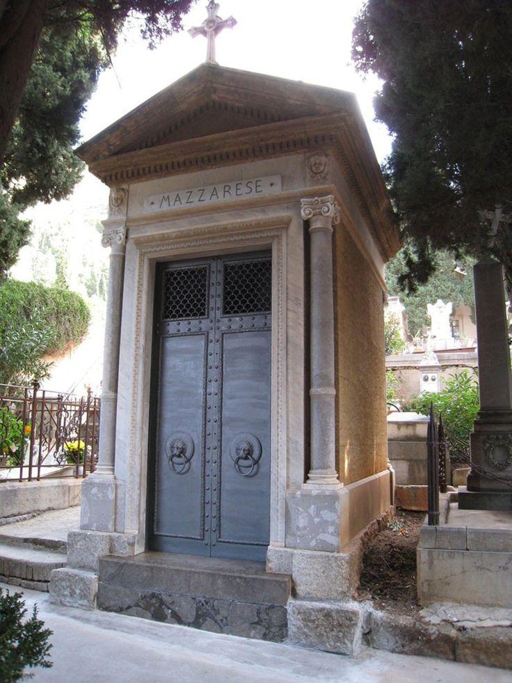 Restauro di cappella funeraria dell'inizio del secolo scorso sita nel cimitero di Santa Maria di Gesù a Palermo, 2009 - Salvatore La Spina