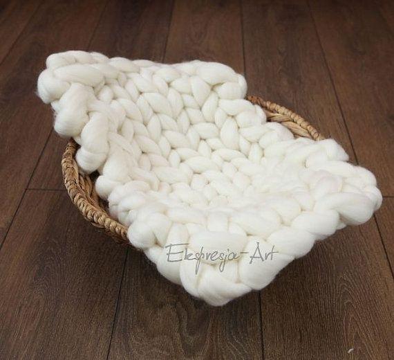 Wool blanket 32x54cm white-ecru photo prop baby photo props
