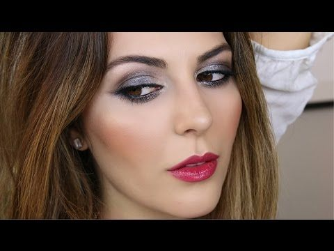 Have you checked out Simply Sona's Moondust Smoky Eye Tutorial? We can't get over this knockout look using Urban Decay's Moondust Eyeshadow.