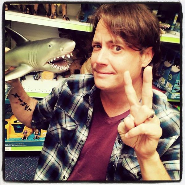 Jeremy London Is Latest to Join Mallrats 2?Which Other Former Cast Members Are Returning? | E! Online Mobile